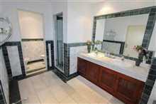 Image No.2-Propriété de 2 chambres à vendre à Golden Mile