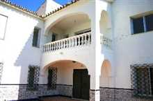 Image No.4-6 Bed Property for sale