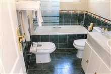 Image No.29-3 Bed Property for sale