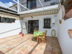 Image No.1-3 Bed Property for sale