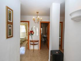 Image No.14-8 Bed Villa / Detached for sale