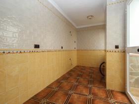 Image No.28-3 Bed Townhouse for sale