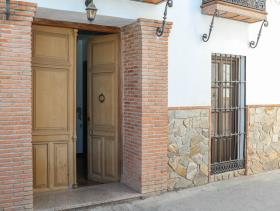 Image No.25-3 Bed Townhouse for sale