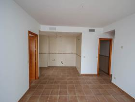 Image No.6-2 Bed Flat for sale