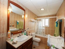 Image No.13-Villa de 3 chambres à vendre à Pizarra