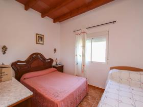 Image No.5-7 Bed Villa / Detached for sale