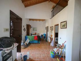 Image No.5-2 Bed Finca for sale