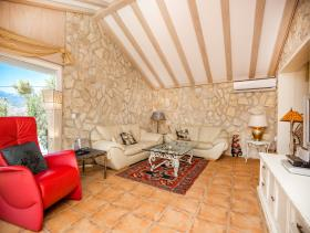 Image No.22-13 Bed Villa / Detached for sale