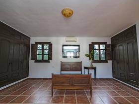 Image No.5-7 Bed Villa / Detached for sale