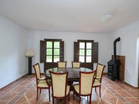 Image No.2-7 Bed Villa / Detached for sale