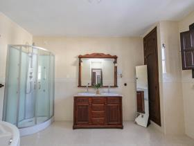 Image No.7-7 Bed Villa / Detached for sale