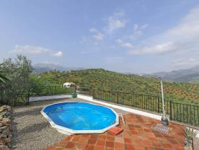 Image No.25-4 Bed Villa / Detached for sale