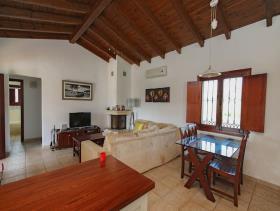 Image No.1-2 Bed Villa / Detached for sale