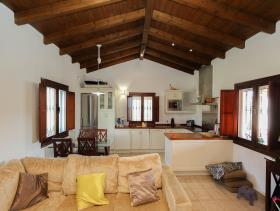 Image No.2-2 Bed Villa / Detached for sale