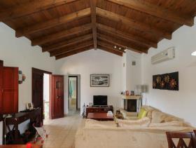 Image No.28-2 Bed Villa / Detached for sale