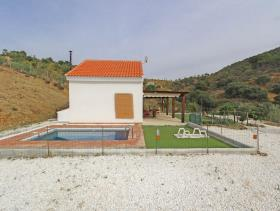Image No.6-3 Bed Country House for sale