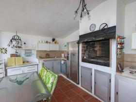 Image No.26-6 Bed Country House for sale