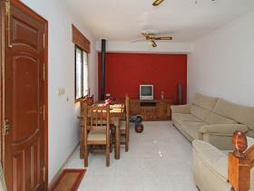 Image No.4-4 Bed Townhouse for sale