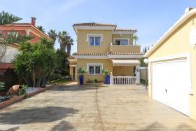 Image No.1-Maison / Villa de 4 chambres à vendre à Alhaurín de la Torre