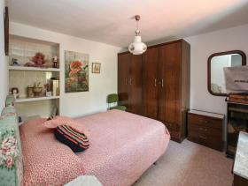 Image No.10-8 Bed Villa for sale