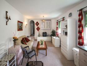 Image No.17-8 Bed Villa for sale