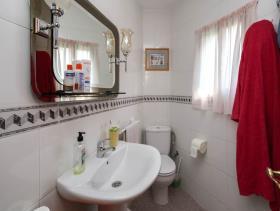 Image No.21-8 Bed Villa for sale