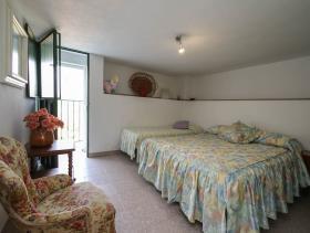 Image No.23-8 Bed Villa for sale