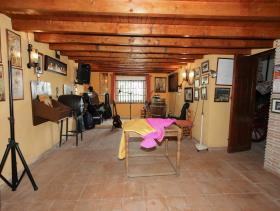 Image No.25-5 Bed Finca for sale