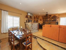 Image No.9-7 Bed Villa for sale