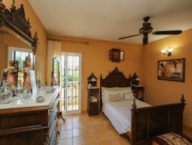 Image No.16-7 Bed Villa for sale