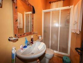 Image No.22-7 Bed Villa for sale