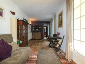 Image No.16-6 Bed Country House for sale