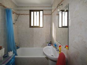Image No.10-2 Bed Flat for sale