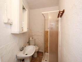 Image No.15-2 Bed Flat for sale