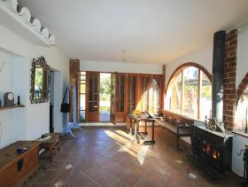 Image No.6-1 Bed Farmhouse for sale