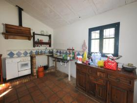 Image No.11-1 Bed Farmhouse for sale