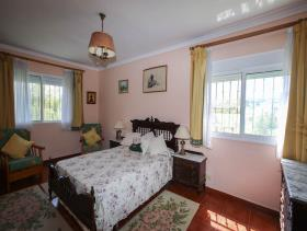 Image No.11-5 Bed Country House for sale