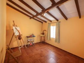 Image No.22-5 Bed Country House for sale