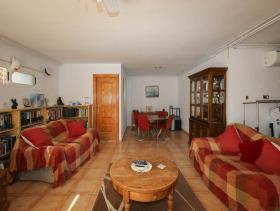Image No.29-5 Bed Villa / Detached for sale