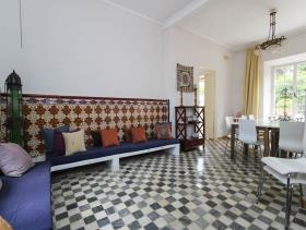 Image No.7-8 Bed Hotel for sale