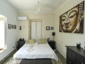 Image No.17-8 Bed Hotel for sale