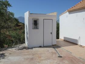 Image No.27-2 Bed Villa / Detached for sale
