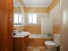 Image No.16-5 Bed House/Villa for sale