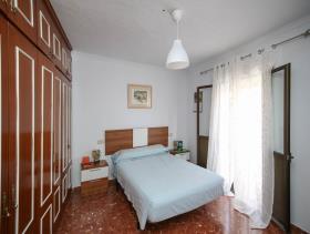 Image No.3-9 Bed Condo for sale