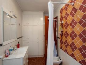 Image No.7-9 Bed Condo for sale
