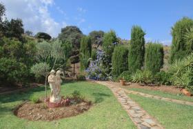Image No.23-3 Bed Country House for sale