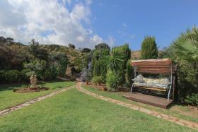 Image No.24-3 Bed Country House for sale