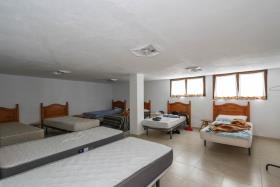 Image No.24-21 Bed Hotel for sale