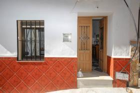 Image No.1-Maison de ville de 5 chambres à vendre à Guaro
