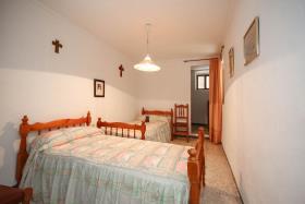 Image No.9-Maison de ville de 5 chambres à vendre à Guaro